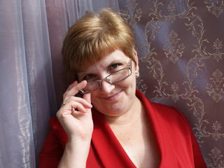 A Camwhoring Lovely Bimbo Is What I Am And My Name Is NiceClaire! My Age Is 52 Yrs Old