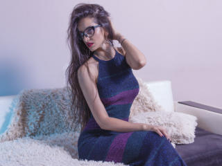 At XLoveCam I'm Named KatherineBisou And I Prefer If We Talk In French Or English, I'm 27 Yrs Old, I'm A Cam Desirable Honey! I Have Chestnut Hair